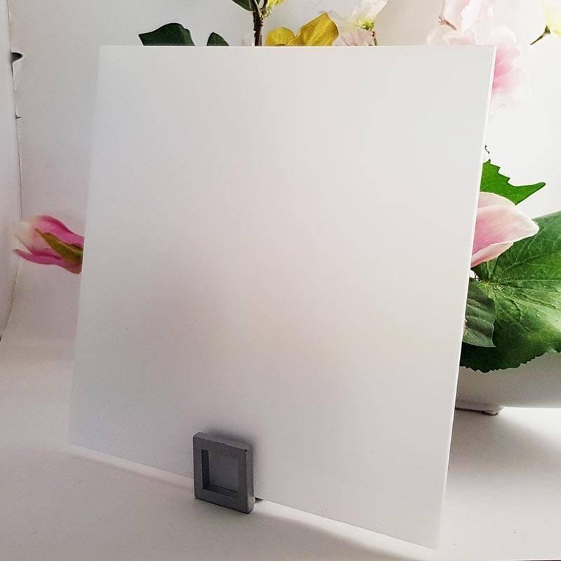 plexiglass pmma blanc diffusant sur mesure. Black Bedroom Furniture Sets. Home Design Ideas